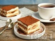 Торта тирамису с готови блатове, крема сирене, заквасена и течна сметана и кафе (без бишкоти)
